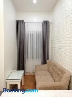 Sao Mai Hostel - Thạch Lỗi - Living room