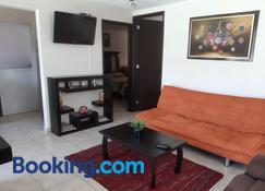 Departamento cómodo y completo en Toluca - Toluca - Sala de estar