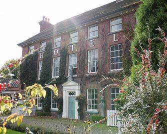 The Mytton & Mermaid Hotel - Shrewsbury - Building