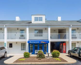 Baymont Inn And Suites Eden - Eden - Building