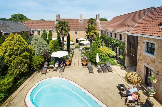 Greenhills Country Hotel - Saint Peter - Pool
