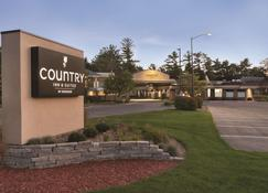 Country Inn & Suites by Radisson, Traverse City - Traverse City - Building