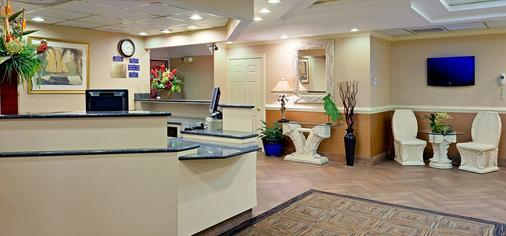 Paradise Plaza Inn - Ocean City - Front desk