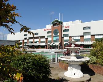 Holiday Inn Wolverhampton - Racecourse - Вулвергемптон - Здание