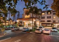 Hampton Inn & Suites Santa Ana/Orange County Airport - Santa Ana - Building