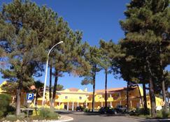 Hotel Rural Monte da Leziria - Вила-Нова-ди-Санту-Андре - Вид снаружи