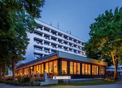 Dorint Parkhotel Bad Neuenahr - Bad Neuenahr-Ahrweiler - Gebouw