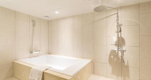 Reborn Suwon Silkroad Hotel - Σούουον - Μπάνιο