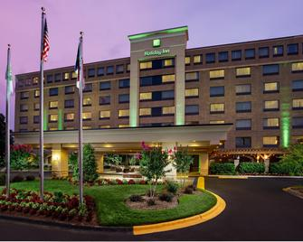 Holiday Inn Charlotte University - Charlotte - Gebouw