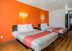 達拉斯 6 號汽車旅館 - 北 - 理查德森 - 達拉斯 - 達拉斯 - 臥室
