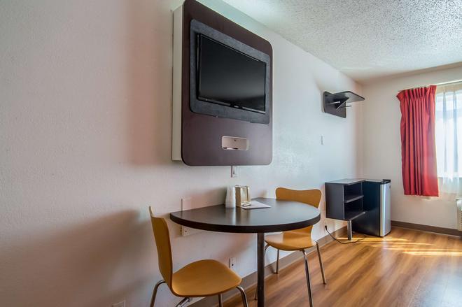 Motel 6 Dallas - North - Dallas - Phòng ăn