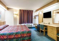 Rodeway Inn - Salem - Bedroom