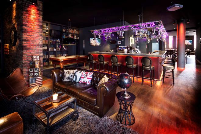 pentahotel Leuven - Leuven - Bar
