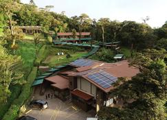 Trapp Family Lodge - Monteverde - Building