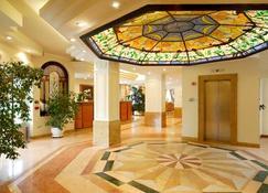 Hotel Mozart - Milán - Lobby