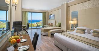 Atrium Platinum Luxury Resort Hotel & Spa - Rodes - Quarto