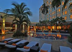 聖佩德羅蘇拉皇家洲際酒店 - 聖彼得蘇拉 - 聖佩德羅蘇拉 - 游泳池