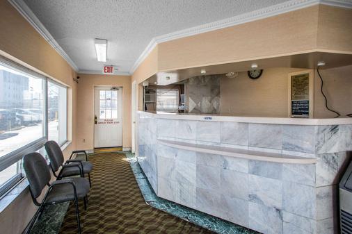 Rodeway Inn Boardwalk - Atlantic City - Front desk