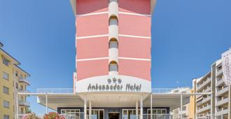Hotel Ambassador - Caorle - Building
