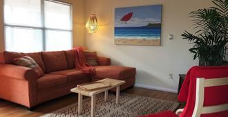 Spacious and charming apartment in North Park - San Diego - Sala de estar