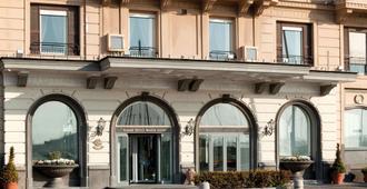 Grand Hotel Santa Lucia - Naples - Toà nhà