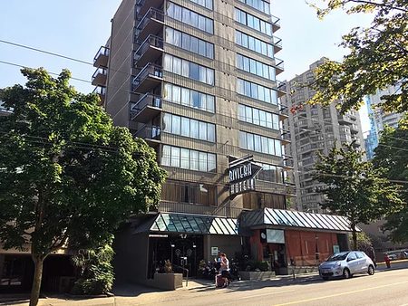 Riviera on Robson Suites Hotel Downtown Vancouver - Vancouver - Building