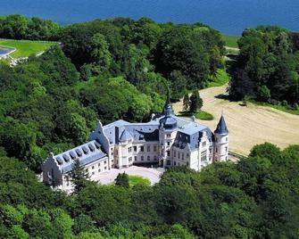 Schlosshotel Ralswiek - Ralswiek