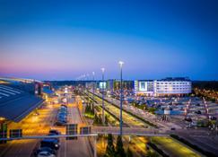 Radisson Blu Hotel, Hamburg Airport - Αμβούργο - Θέα στην ύπαιθρο