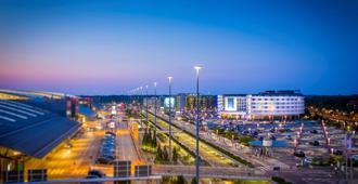 Radisson Blu Hotel, Hamburg Airport - Hamburg - Outdoor view