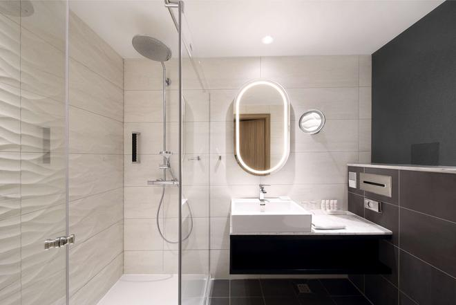 Radisson Blu Hotel Lietuva, Vilnius - Vilnius - Bathroom