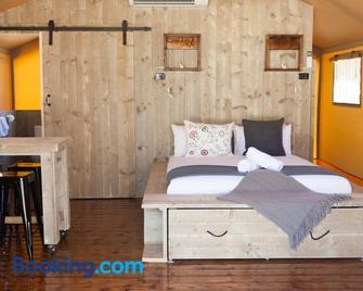 Mclean Beach Holiday Park - Deniliquin - Chambre
