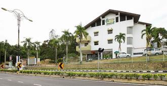 Beruang Hill Resort - Malaca