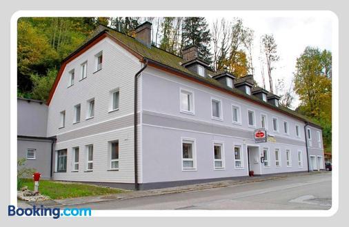 Pension Friederike Eder - Selzthal - Building