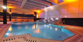 Frsan Palace Hotel - Manama - Pool