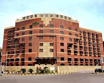 Hospitality Inn - Lahore - Rakennus