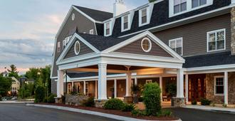 The Grand at the Bedford Village Inn - Bedford