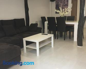 Castro Sun And Beach - Castro-Urdiales - Living room