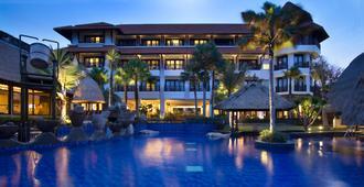 Holiday Inn Resort Bali Benoa - South Kuta - Byggnad