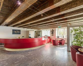 Hotel de la Rose - Fribourg - Front desk