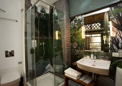 Brondo Architect Hotel - Palma de Mallorca - Bathroom