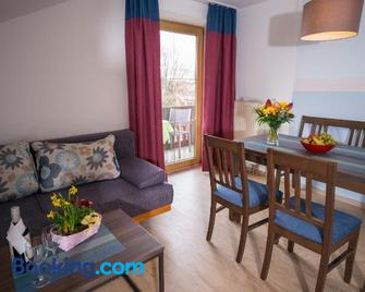 Ferienwohnungen Seeblick - Obing - Living room