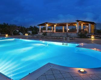 Hotel Villa Rizzo Resort & Spa - San Cipriano Picentino - Pool