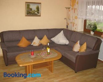 Ferienwohnungen Grill - Schönberg (Niederbayern) - Wohnzimmer