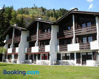 Ausblick - Naters - Building