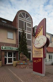 Hotel-Restaurant La Fontana Costanzo - Saint Ingbert - Building