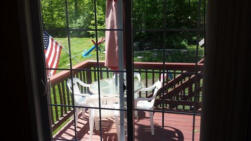 Weirs Beach Motel and Cottages - Laconia - Balkon