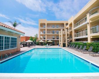 Fairfield Inn by Marriott Anaheim Hills Orange County - Anaheim - Pool