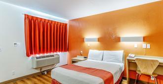 Motel 6 Richland Kennewick - Richland - Bedroom