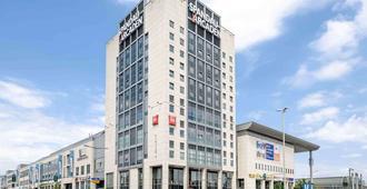 Ibis Berlin Spandau - Berlín - Edificio