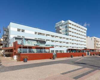 Dom Jose Beach Hotel - Quarteira - Edificio